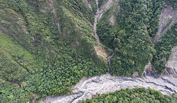 西北園區亞熱帶森林(雲龍瀑布與陳有蘭溪)